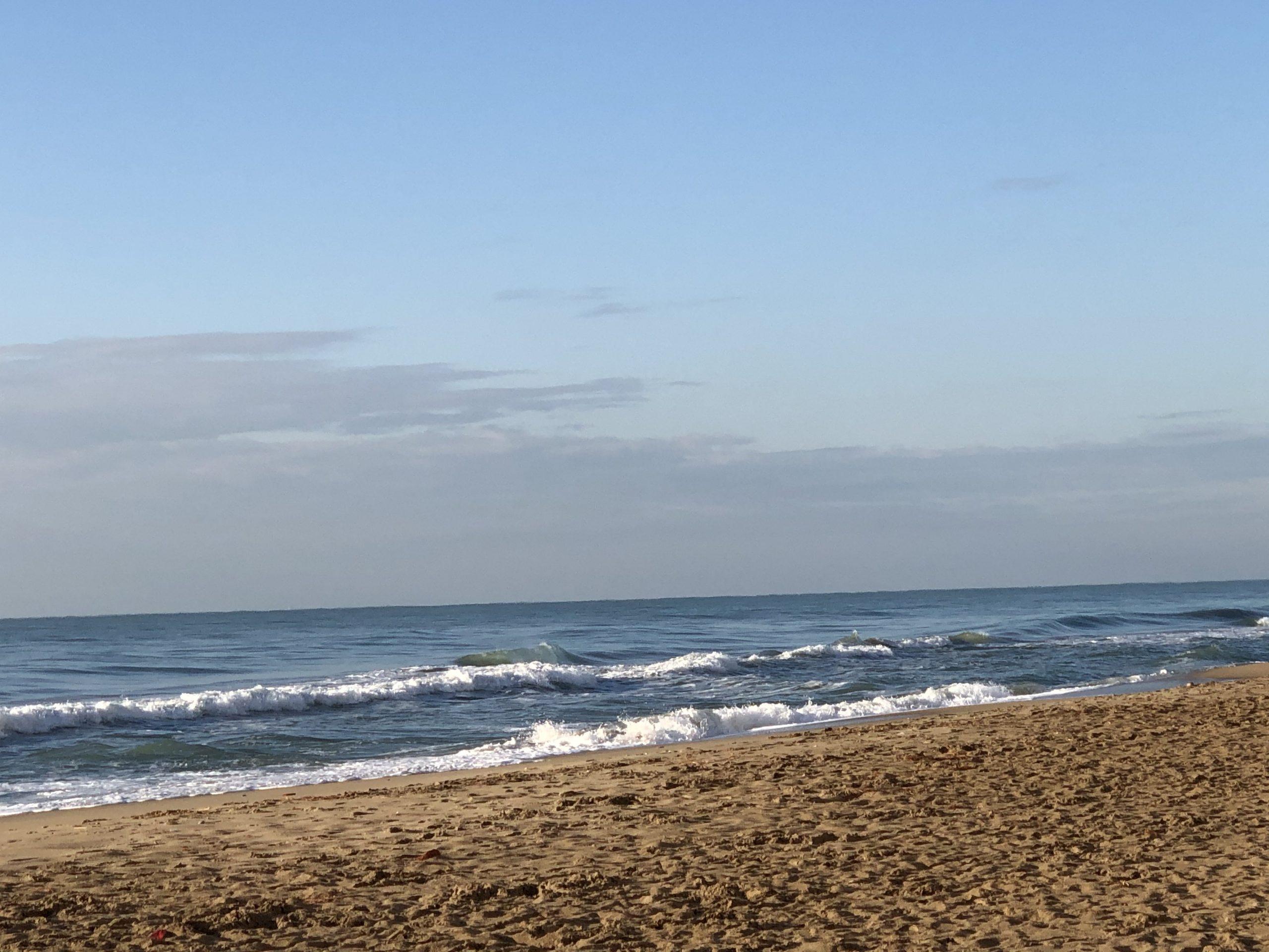 Amplio local a metros del mar en Calafell playa